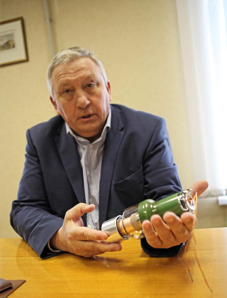 Директор АО «Светлана-Рентген» Александр Куликов